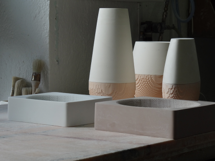 Models of the Evolution vases