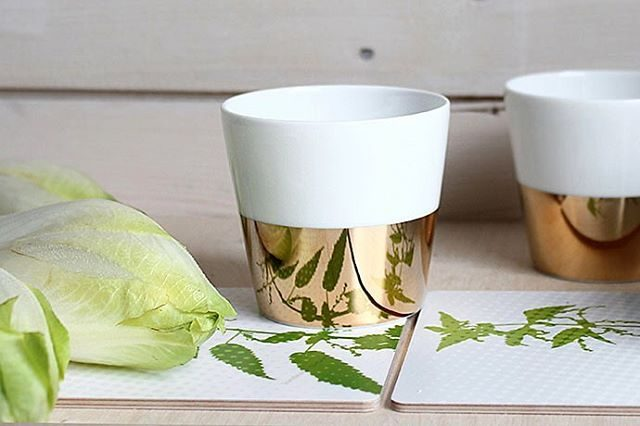 Mirror effect with the Trsor cup in gold porcelainedelimoges handpaintedhellip